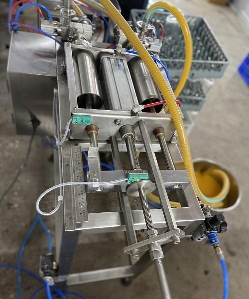 Filling machine (Twin - head)